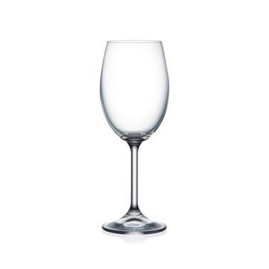 lara sklenička